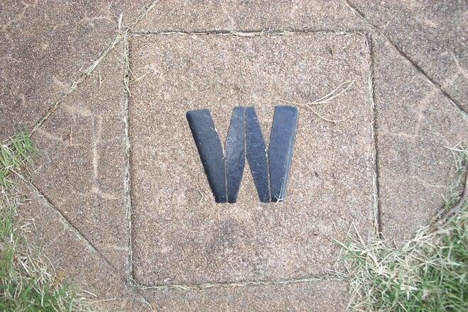 letter-w-in-tile-1258639.jpg