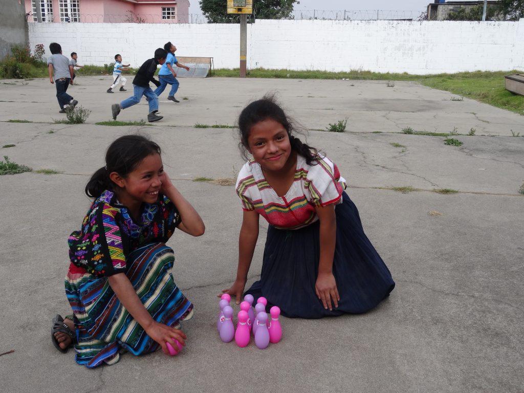 Teaching-volunteer-Central-America.jpg
